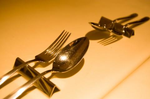 婚活パーティーでの食事のマナー